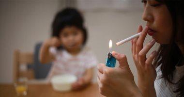 الصحة: الطفل المدخن سلبيا يستنشق 50 مادة مسرطنة