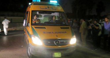 صورة إصابة 3 أشخاص من أسرة واحدة بينهم طفل فى حادث مرورى بالوادى الجديد