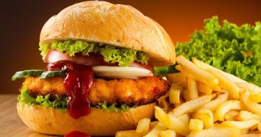 What happens to your body and skin when you eat fast food?