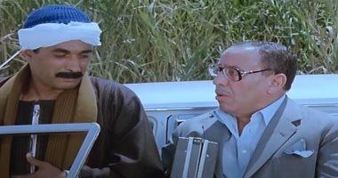 """""""البيه البواب"""" 34 عامًا على عرض فيلم أبهر الجمهور وأغضب حراس العقارات.. صور"""