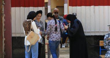 طلاب الثانوية العامة دور ثان يؤدون اليوم امتحان الجيولوجيا والتفاضل وعلم النفس