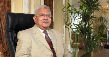دار الإفتاء تنعى محمود العربى : شهبندر التجار ونموذج الخير والعطاء