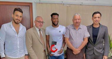 إنبي يتعاقد مع لاعب منتخب غانا السابق فى صفقة انتقال حر رسميا