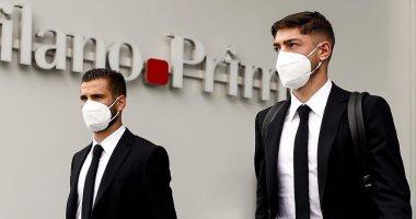 وصول لاعبى ريال مدريد إلى روما استعدادا لمباراة إنتر ميلان.. صور