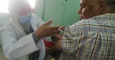 """""""صحة شمال سيناء"""" تواصل التطعيم بلقاح كورونا"""