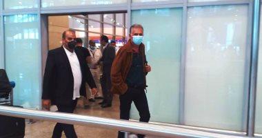 """كيروش  يفاجئ المصريين فى مطار القاهرة : شكرًا ..شكرًا  """"فيديو"""""""