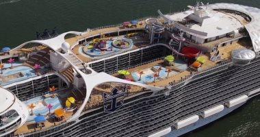 جولة داخل أكبر سفينة سياحية فى العالم أثناء تجاربها البحرية.. فيديو وصور