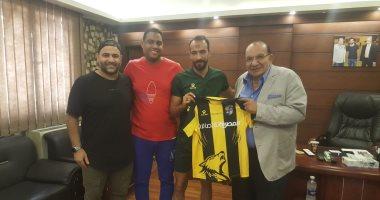 4 ألقاب و88 مباراة تزين مسيرة محمد طلعت بعد عودته للمقاولون