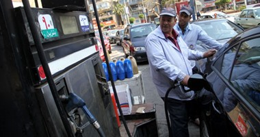 التعاون للبترول: زيادة كميات البنزين بسوهاج 160 ألف لتر لمنع تكدس المحطات