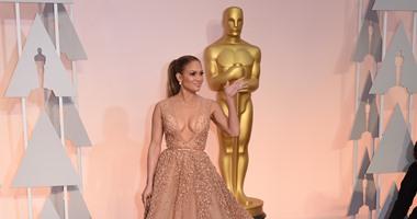 """جينفير لوبيز تتعرض لموقفين محرجين فى العرض الخاص لفيلمها الجديد """"Hustlers """""""