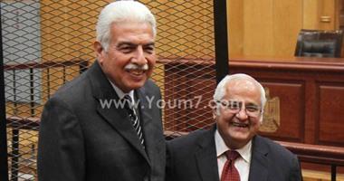 براءة أحمد نظيف وحبيب العادلى في قضية اللوحات المعدنية