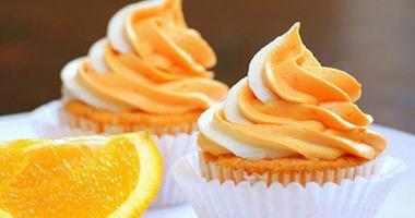 طريقة عمل كب كيك الذرة بالبرتقال والزبيب