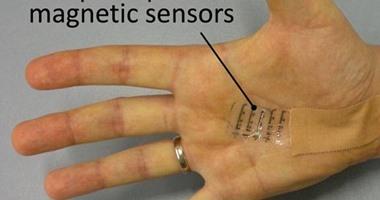 تطوير أجهزة استشعار لاسلكية بدون بطارية لقياس درجات الحرارة والضغط للمرضى