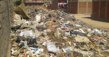 صحافة المواطن: أهالى قرية الرملة بمنطقة الجزيرة يستغيثون من تراكم القمامة