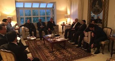 """بالصور.. ممثلو الجالية المصرية بسويسرا يبحثون مع السفير """"دعم السياحة"""""""