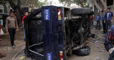 إصابة 5 مجندين إثر انقلاب سيارة شرطة بطريق الواحات