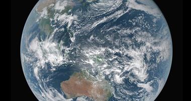 عالم الفلك الحائز على نوبل: يجب حل أزمة المناخ بدلا من البحث عن كوكب بديل