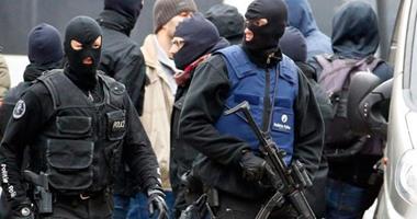 عمليات تفتيش مكثفة بمحطات بروكسل والشرطة تعتقل 44 مهاجر ا بينهم 11 قاصرا