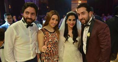 بالصور.. بوسى ودياب وشاكيرا يشعلون حفل زفاف محمد وسلمى بحضور نجوم الفن