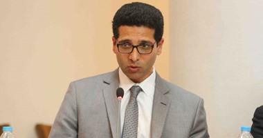 """هيثم الحريرى: لم يعرض على النواب قانون يخص """"فيس بوك وتويتر"""""""