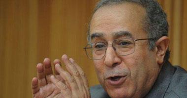 نائب رئيس الوزراء الجزائرى: بوتفليقة اتخذ قرارا تاريخيا استجابة للمطالب الشعبية