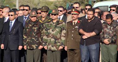 بالصور.. جنازة عسكرية لمدير إدارة الوقود بالجيش بحضور السيسى وقادة القوات المسلحة
