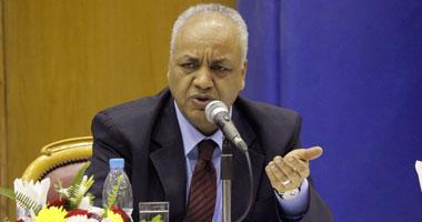 """مصطفى بكرى: خطاب """"الرئيس"""" يشير إلى إجراء الانتخابات الرئاسية أولاً"""