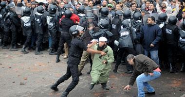 جانب من الاشتباكات أمام القائد إبراهيم