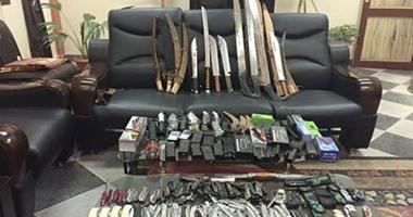 القبض على 6 عاطلين بحوزتهم أسلحة بيضاء فى الإسماعيلية