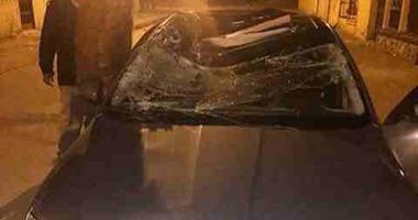 الحماية المدنية تزيل آثار سقوط عمود إنارة على سيارة فى حدائق الأهرام