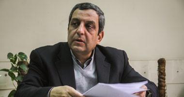 نقيب الصحفيين: وزير الداخلية وعد بدراسة نقل الأعضاء المحبوسين لسجن طرة