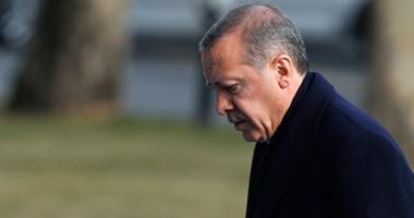 اردوغان يتناسى القمع تركيا ويصف
