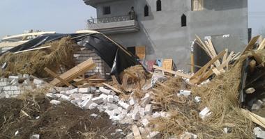 أمن الإسكندرية والقوات المسلحة يزيلان عقارين مخالفين بالنسف الحذر