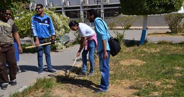 """بالصور.. 120 طالبا يشاركون فى مبادرة """"حافظ على جامعتك"""" بجامعة السويس"""