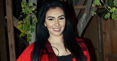 محامى ميريهان حسين: موكلتى سلمت نفسها لأمن الجيزة تنفيذا لحكم حبسها أسبوعين