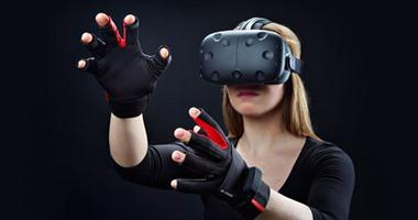 بالفيديو.. قفاز ذكى جديد يتيح للمستخدم ممارسة الألعاب بوحدات تحكم افتراضية