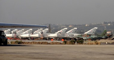 """صحيفة إسرائيلية: أحد الأقمار الصناعية رصد مقاتلات """"سو - 57"""" فى قاعدة سورية"""
