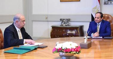 الرئيس يوجه الحكومة بدراسة رفع الحد الأدنى للزيادة المقررة بالأجور والمعاشات