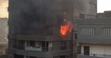 الحماية المدنية تسيطر على حريق أعلى سطح منزل فى بولاق الدكرور