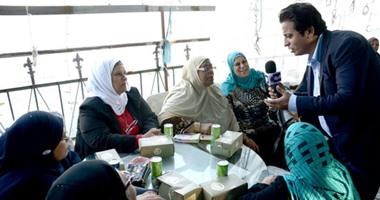 """بالصور.. أحمد رجب يقدم حلقة عن عيد الأم فى """"مهمة خاصة"""" الليلة"""