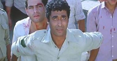 """العباس السكرى يكتب: كومبارس صفع أحمد زكى على وجهه فى """"البرىء"""" فسقط أرضا"""