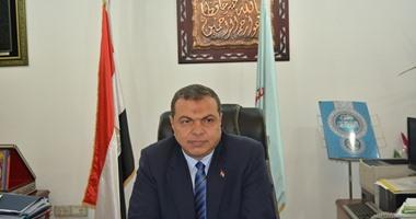 وزير القوى العاملة يوجه بسرعة بحث أسباب احتجاز مصرى بالسجون القطرية