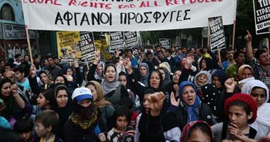 بالصور.. مهاجرون ولاجئون يتظاهرون فى أثينا ضد الاتفاق الأوروبى-التركى