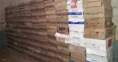 ضبط 25 ألف علبة سجائر مجهولة المصدر قبل ترويجها فى العيد بسوهاج