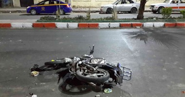 إصابة 3 مواطنين بكسور وكدمات فى انقلاب دراجة بخارية فى الأقصر