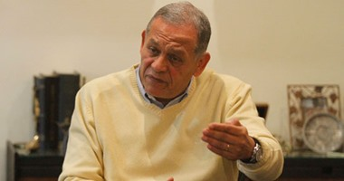 محمد أنور السادات يتقدم بسؤال لوزيرين حول اتفاقيات المنح من 2011 حتى الآن