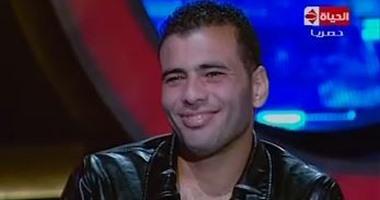 """بالفيديو..عماد متعب: """"لو كنت بنت لاخترت الجواز من حسام غالى"""""""