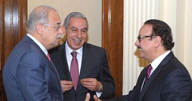 لجنة حكومية لتقنين أوضاع شركات سيارات الأجرة الخاصة أوبر وكريم وأسطى