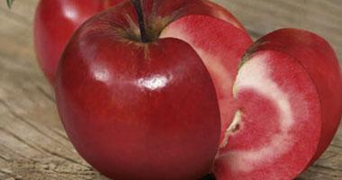 تناول تفاحتين يومياً يقلل الكوليسترول