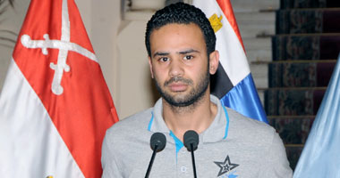 """محمود بدر: من يحاول إعادة مجلس الشورى """"بيحلم"""""""